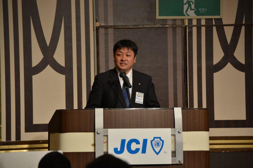卒業生の部屋② 会員交流委員会 長澤周一郎 副委員長 卒業生として、後輩メンバーに対するメッセージをいただきました。長澤副委員長の言葉には、いつも神が宿ります。