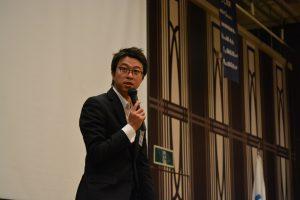 川北慶祐理事長による例会企画の講評 自分の学生時代を振り返り、本例会企画に参加していること自体が、素晴らしいことであること。青年会議所メンバーにとっても、とても有意義な例会であったことなどの講評をいただきました。