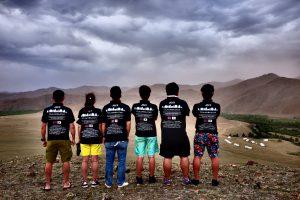 モンゴルのとある山の山頂にて