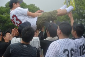 川北慶祐 理事長 8回、宙を舞いました。