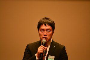 ブロック大会運営委員会 千壽智明委員長にりょう挨拶 本ブロック大会を中心となり企画・運営しました。 千壽委員長なくして、本大会の成功はありませんでした。