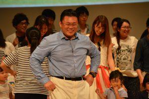 中島委員長を中心にリトミックしました。