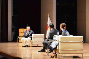 対談では、子どもに対する道徳教育について、様々な切り口で話されました。