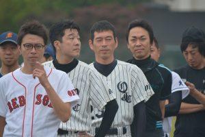 開会式に臨む大分チーム 川北理事長(先頭)の表情に8連覇への意気込みを感じます。