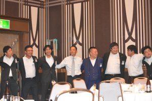 交流会の様子⑯ OB会員と現役会員が一つになりました。